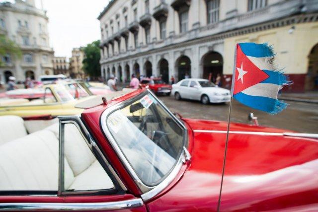Cuba, devo levar qual moeda ? Aceita cartão em Cuba?