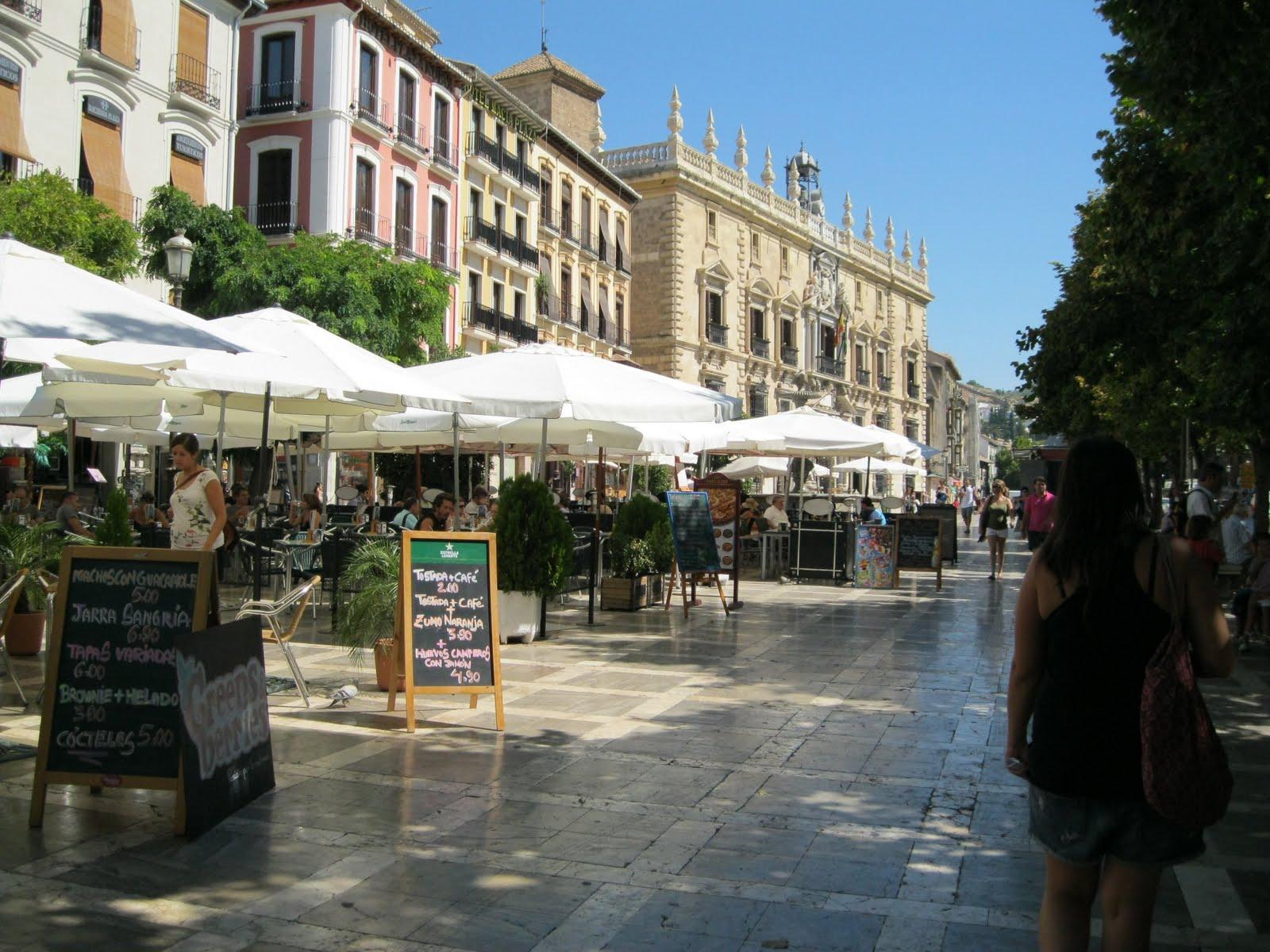 Plaza Nueva, Morar em Granada - Espanha