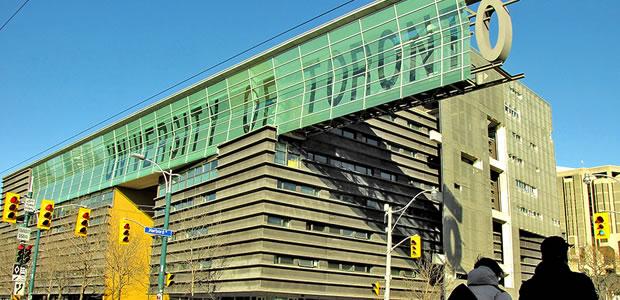 Universidade no Canadá