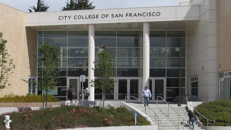 Escola de Inglês gratuita em São Francisco
