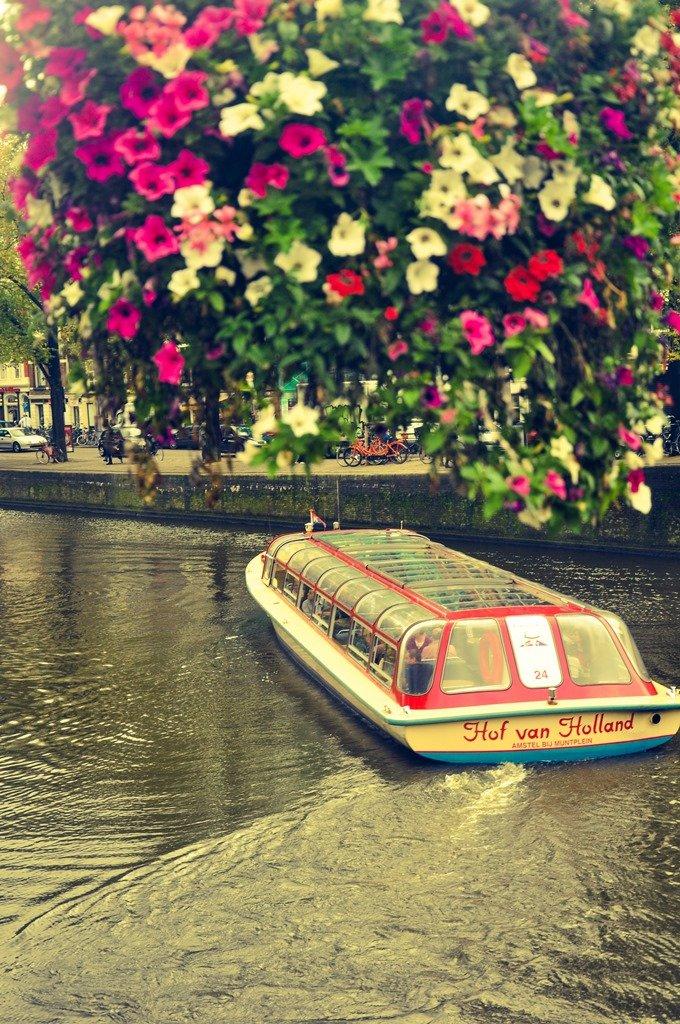 Os passeios de barco são uma boa opção para admirar a vista (2). Amsterdam.Foto: Flavio Pimentel