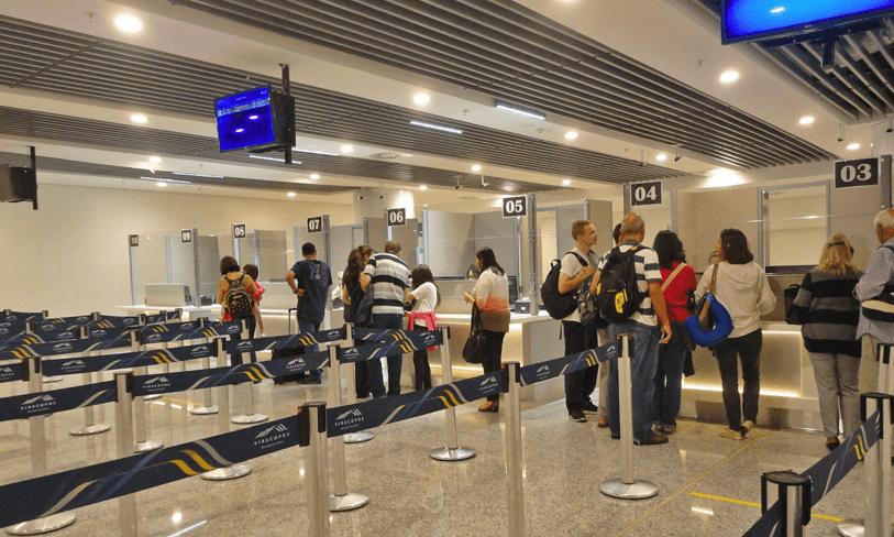 Imigração em Aeroportos - O que é a imigração e como funciona