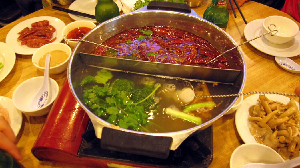 Hot Pot: tradicional refogado asiático. Foto: Ayleen Gaspar. Guia de viagem para o Vietnã