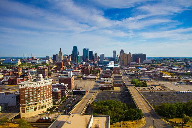6 Lugares que pagam para você morar lá. Downtown Kansas City Missouri
