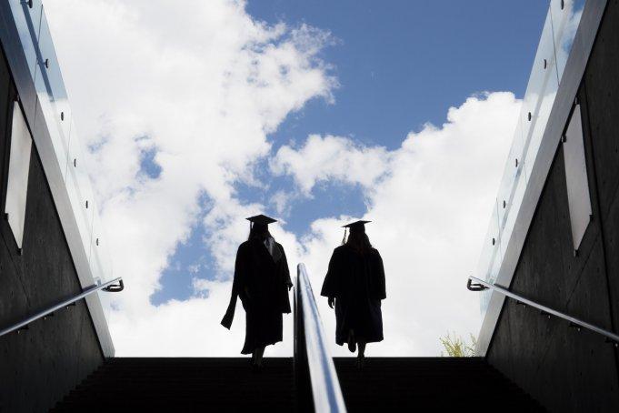 universidades americanas que oferecem bolsas de estudos