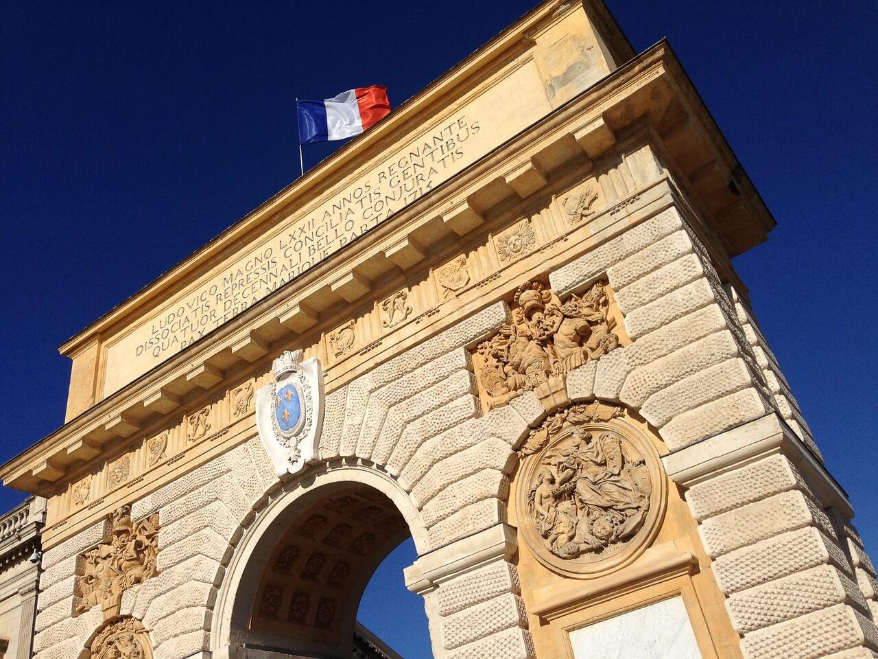 Passeios Paris - Os 8 pontos turísticos imperdíveis - Arco do Triunfo