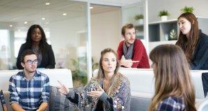 Vagas de emprego para fluentes em português na Irlanda