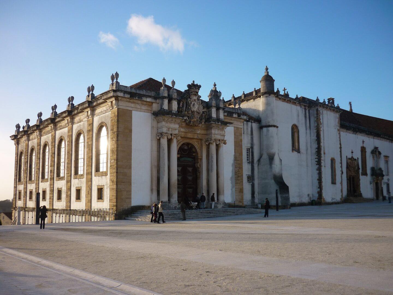 Morar em Portugal: Saiba tudo para imigrar para Portugal